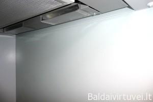 Baltas dažytas stiklas