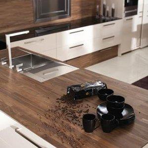 Stalviršiai virtuvėje